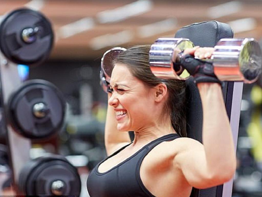 Các dụng cụ bảo vệ cơ thể trong tập luyện thể thao