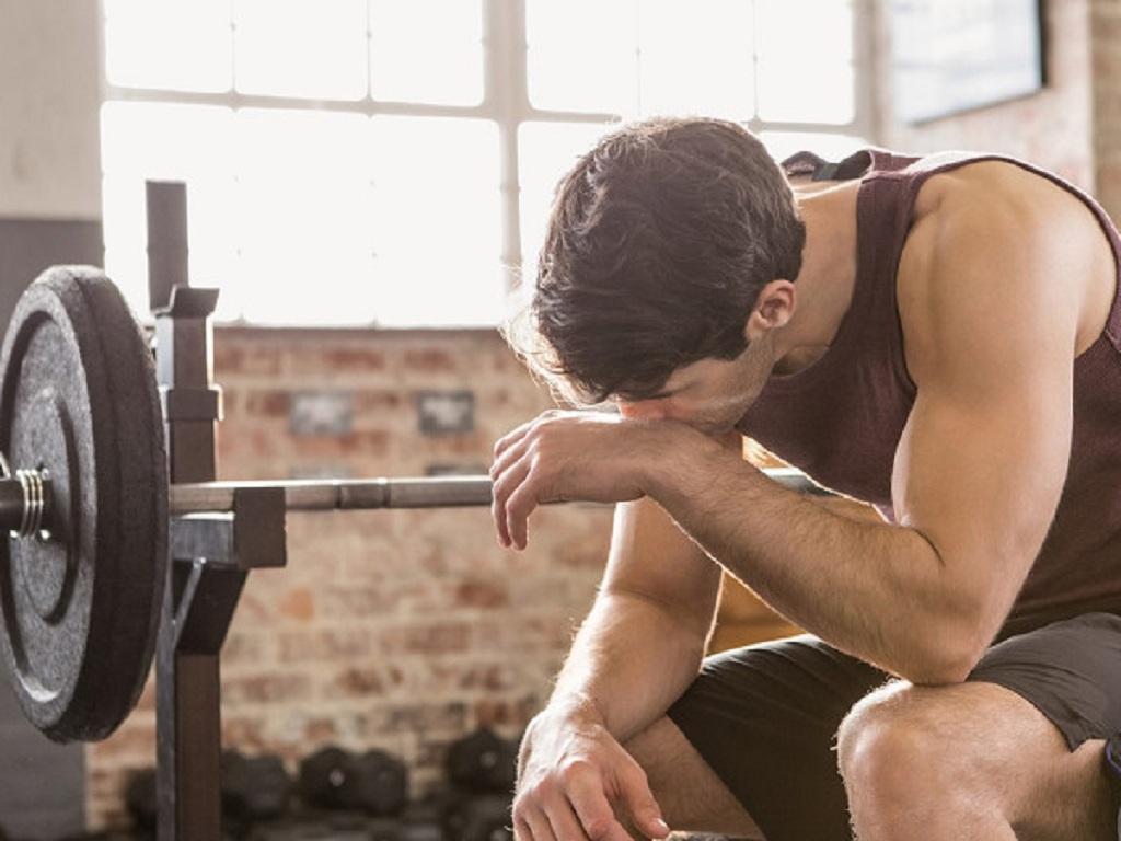 Các triệu chứng khi tập luyện thể thao quá mức