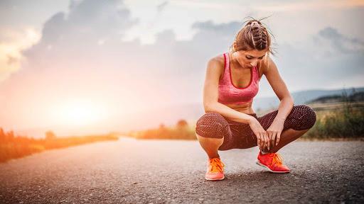 Có rất nhiều nguyên nhân tiềm ẩn gây đau ngực khi tập luyện